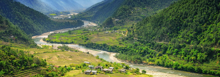 Witness the nature while travelling with Taxi services in Bhutan